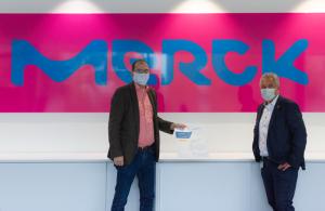 Klimaneutrale Partnerschaft zwischen Merck und Friedrich Friedrich
