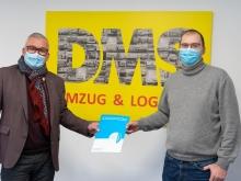 Ralf Knoll und Oliver Gerheim bei der Übergabe der Crefozert-Urkunde